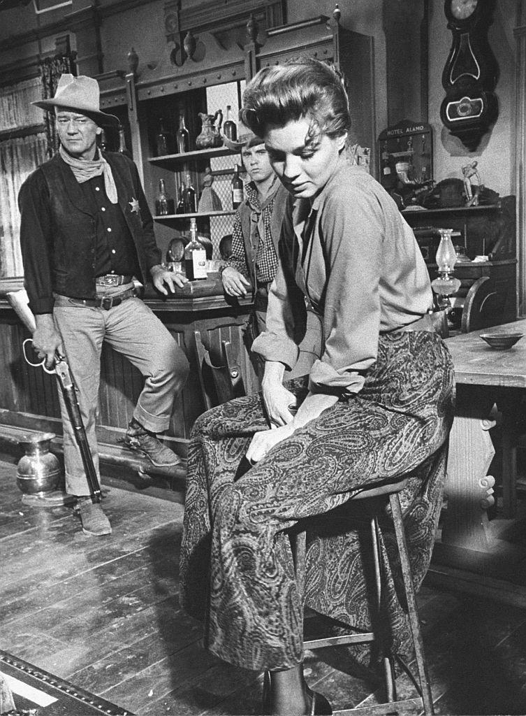 Angie Dickinson & John Wayne in Rio Bravo image