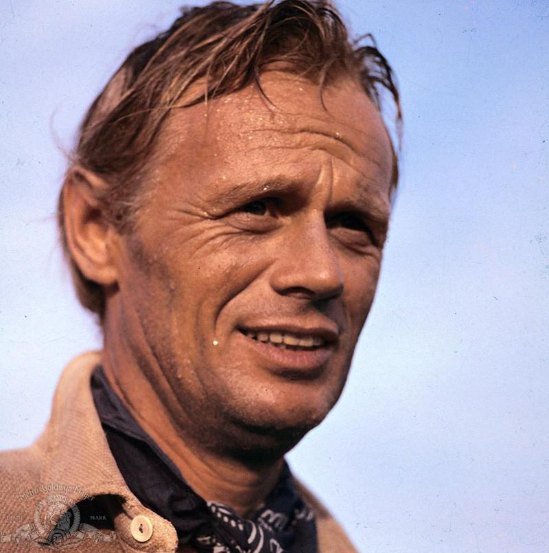 Richard Widmark in The Alamo - John Wayne quotes meant eating humble pie