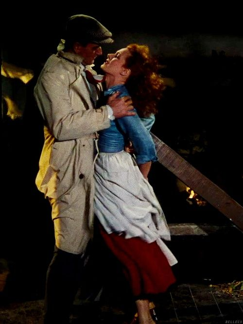John Wayne & Maureen O'Hara kissing scene in The Quiet Man